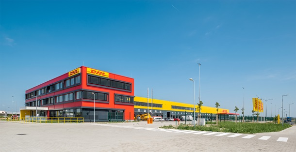 DHL-Warehouse3